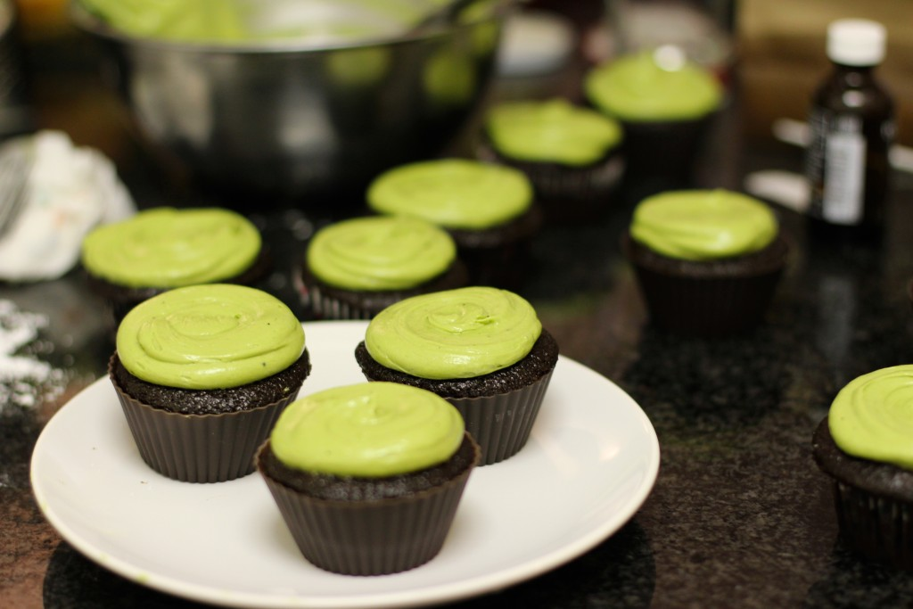 Chocolate Cupcakes with Matcha Green Tea Cream Cheese Frosting