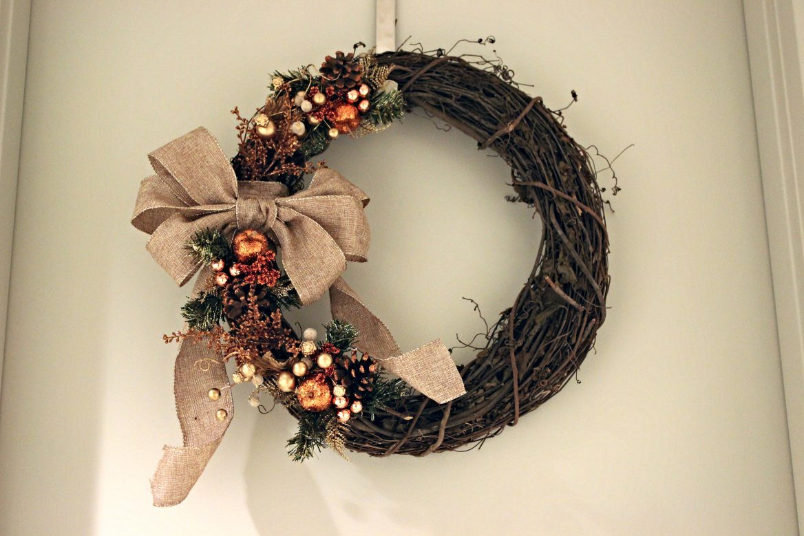 Rustic Holiday Wreath, Autumnal-Inspired