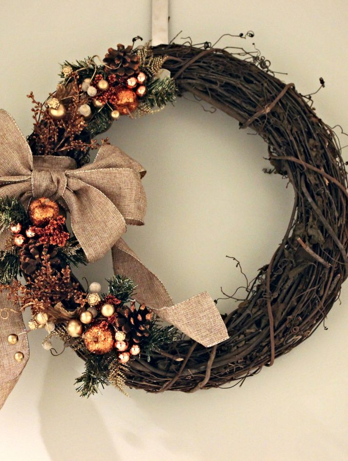 Rustic Holiday Wreath with Autumnal Inspiration