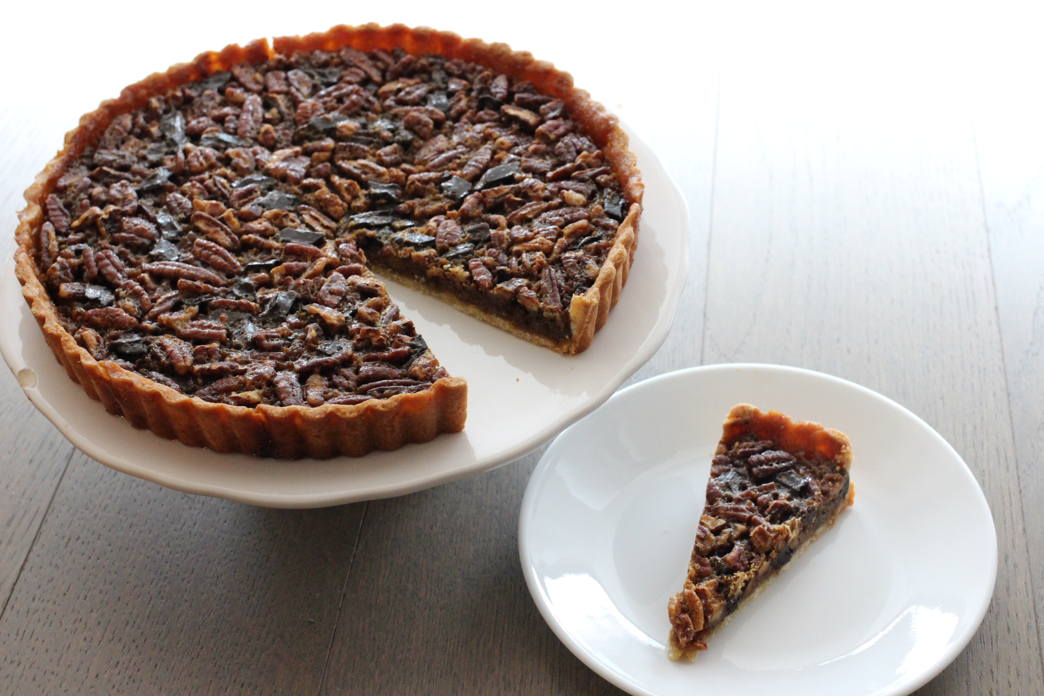 Chocolate Bourbon Pecan Tart | penny for her thoughts